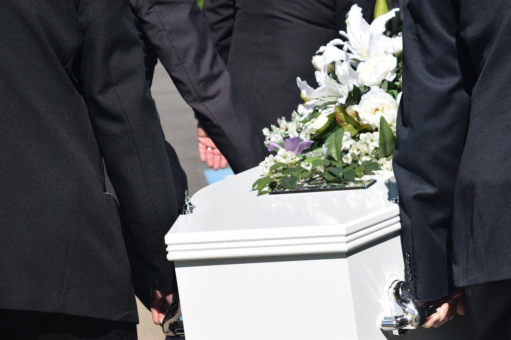 Få hjælp til bisættelse hos din begravelsesforretning i Randers